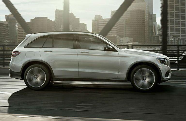 2016 Mercedes-Benz GLC vs. Mercedes-Benz GLK side view