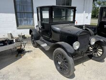 1925_Ford_Model T Doctors Coupe__ Crozier VA