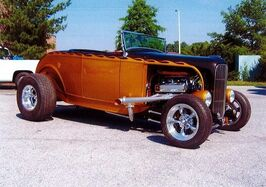1932_Ford_Highboy__ Pittsburgh PA