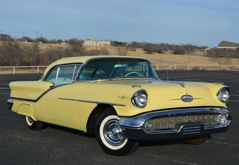 1957_Oldsmobile_Starfire 98_Holiday Coupe_ Fort Worth TX