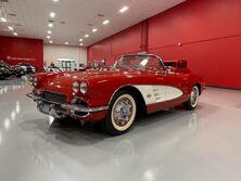 Chevrolet Corvette Fuel-Injected convertible 1961
