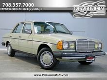 1981_Mercedes-Benz_300D_California Car It's Whole Life Super Clean_ Hickory Hills IL