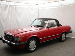 1987_Mercedes-Benz_560_SL_ Pittsburgh PA