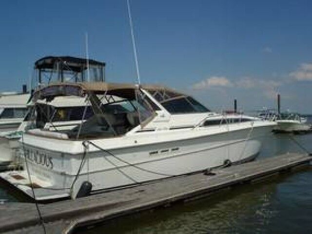 1988 Sea Ray 390 EXPRESS CRUISER  Crozier VA