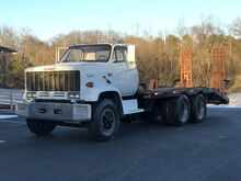 1989_GMC_7000 Equipment Hauler__ Crozier VA