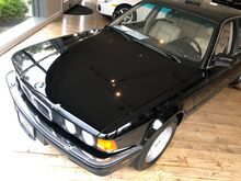 1990_BMW_750iL_iL_ Hopewell NJ