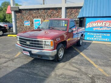 1990_Chevrolet_C/K 1500_Reg. Cab 6.5-ft. bed 2WD_ Saint Joseph MO