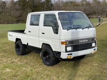 1991_Toyota_HIACE CREW CAB DIESEL 4X4__ Crozier VA