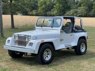 Jeep Wrangler YJ Renegade 4x4 Resto Mod 1993