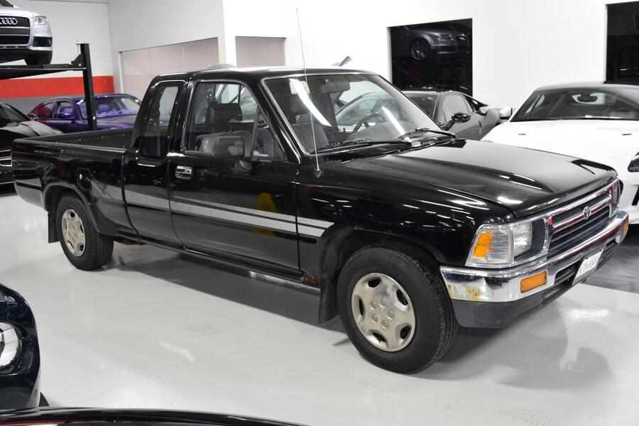 1994_Toyota_2WD Pickups_DX_ Glendale Heights IL