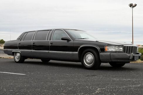 1996_Cadillac_Fleetwood Brougham_Limousine_ Fort Worth TX