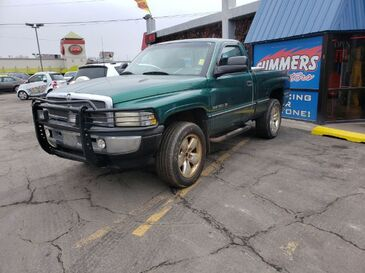 1996_Dodge_Ram 1500_Reg. Cab 6.5-ft. Bed 4WD_ Saint Joseph MO