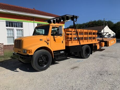 1996 International 4700 Crash Cushion Truck Only 8K Miles Crozier VA