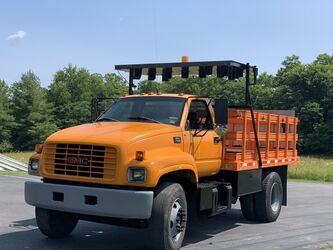 GMC C 7500 STAKEBODY 1998