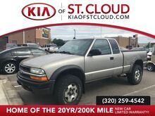 2000_Chevrolet_S-10_EXT CAB 123  WB 4WD_ St. Cloud MN