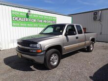 2000_Chevrolet_Silverado 2500_LS Ext. Cab 3-Door Short Bed 4WD_ Spokane Valley WA