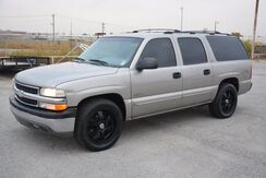 2000_Chevrolet_Suburban_LEATHER LOADED! 20'' BLACKED OUT WHEELS! PRICED AT A STEAL!!_ Norman OK