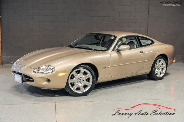 2000_Jaguar_XK8__ Chicago IL