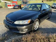 2000_Lexus_ES 300_Base_ Brandywine MD