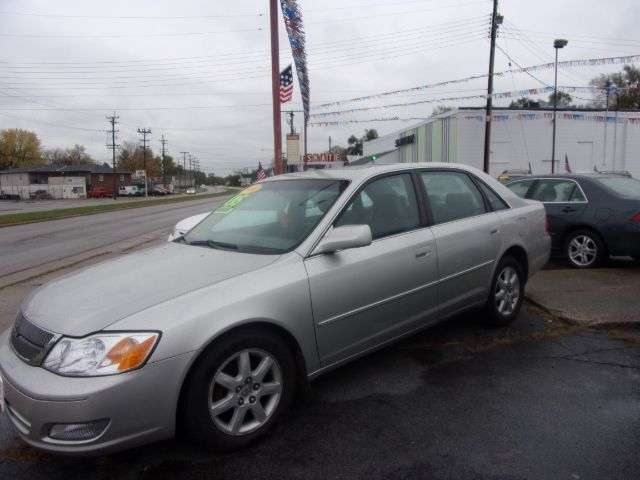 2000 Toyota Avalon XLS Middletown OH