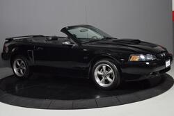 Ford Mustang GT Deluxe 2001