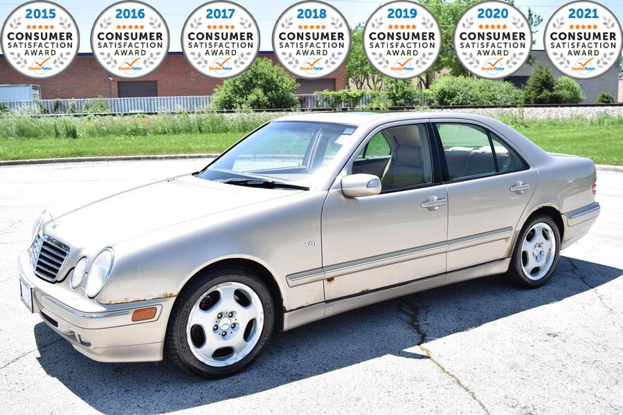 2001_Mercedes-Benz_E-Class_AWD_ Glendale Heights IL