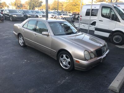 2001_Mercedes-Benz_E-Class_lux_ Charleston SC