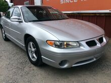 2001_Pontiac_Grand Prix_GT sedan_ Spokane WA