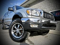 2001_Toyota_Tacoma_SR5 TRD Off Road 4x4 4dr Double Cab_ Grafton WV