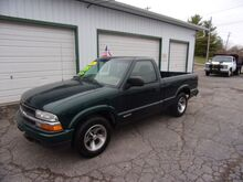 2002_Chevrolet_S10 Pickup_LS 2WD_ Middletown OH