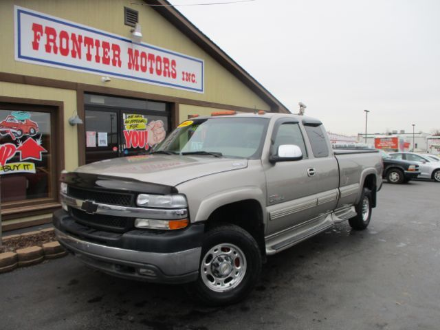 2002 Chevrolet Silverado 2500HD LT Ext. Cab Long Bed 4WD Middletown OH