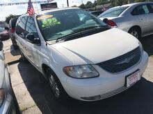 2002_Chrysler_Town & Country_Limited_ Middletown OH
