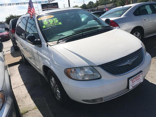 2002 Chrysler Town & Country Limited Middletown OH