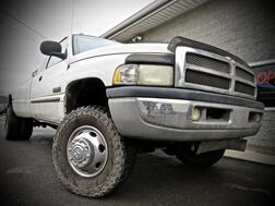 2002_Dodge_Ram 3500_LARAMIE SLT 4X4 4dr LB DUALLY STICK 5.9L CUMMINS_ Grafton WV