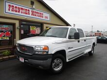 2002_GMC_Sierra 2500HD_SLE Crew Cab Long Bed 2WD_ Middletown OH