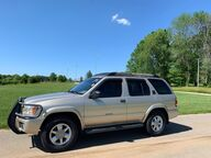 2002 Nissan Pathfinder SE Bloomington IN