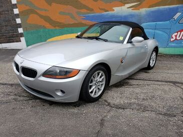 2003_BMW_Z4_2.5i_ Saint Joseph MO
