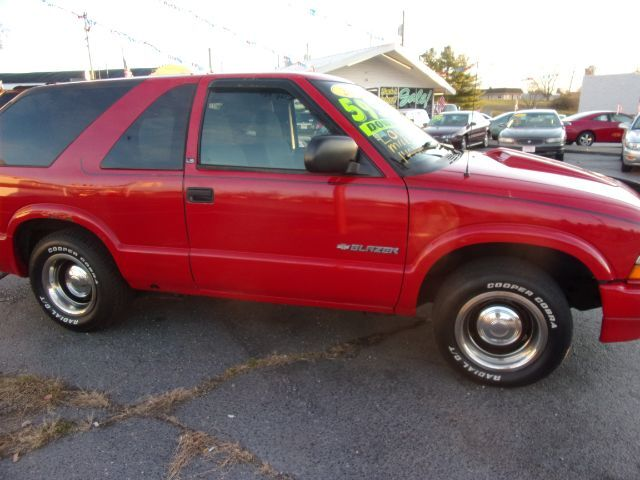 2003 Chevrolet Blazer 2-Door 2WD LS Middletown OH