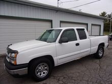 2003_Chevrolet_Silverado 1500_LS Ext. Cab Short Bed 2WD_ Middletown OH