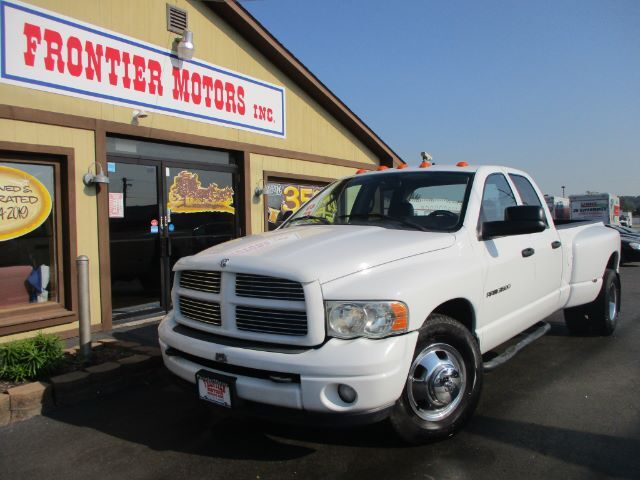 2003 Dodge Ram 3500 ST Quad Cab Long Bed 2WD DRW Middletown OH
