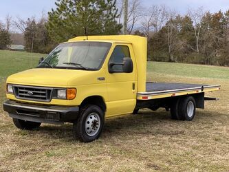 Ford Econoline Commercial Cutaway  2003