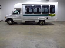 Ford Econoline Commercial Cutaway E450 7.3 14 Passenger Shuttle Bus 2003
