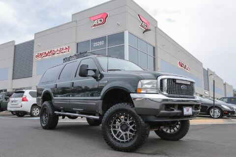 2003_Ford_Excursion_XLT Premium 6.8L 4WD_ Chantilly VA