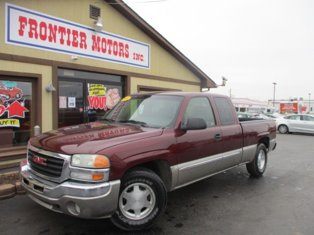 2003 GMC Sierra 1500 SLE Ext. Cab Short Bed 2WD Middletown OH