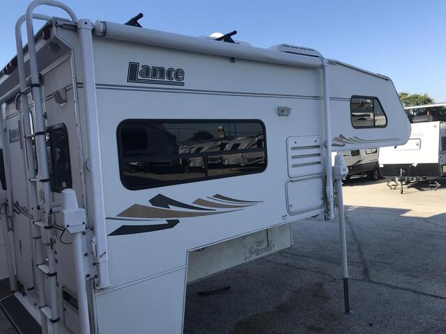 2003 Lance 820  Fort Worth TX