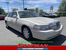 2003_Lincoln_Town Car_Cartier_  PA