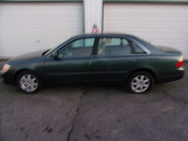 2003 Toyota Avalon XLS Middletown OH