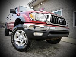 2003_Toyota_Tacoma_SR5 TRD Off Road 4x4 V6 XtraCab STICK SHIFT_ Grafton WV