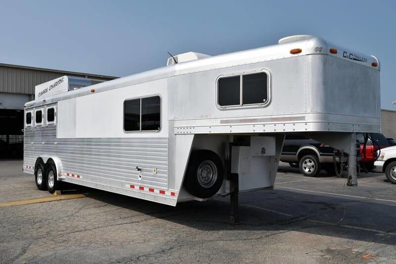 2004 C&C Trailers 12' Short Wall 3 Horse 34' Stampede Conversion Fort Worth TX