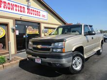 2004_Chevrolet_Silverado 2500HD_LT Ext. Cab Short Bed 2WD_ Middletown OH